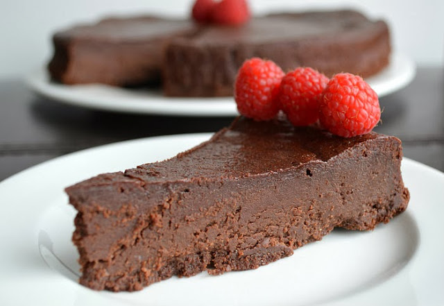 Low Carb Chocolate Goddess Cake