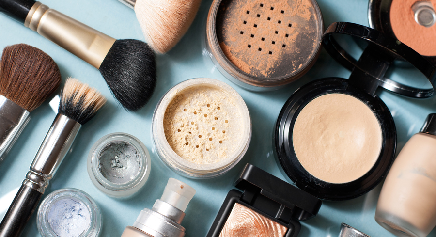 Which Foundation Is Best For Your Skin Type?