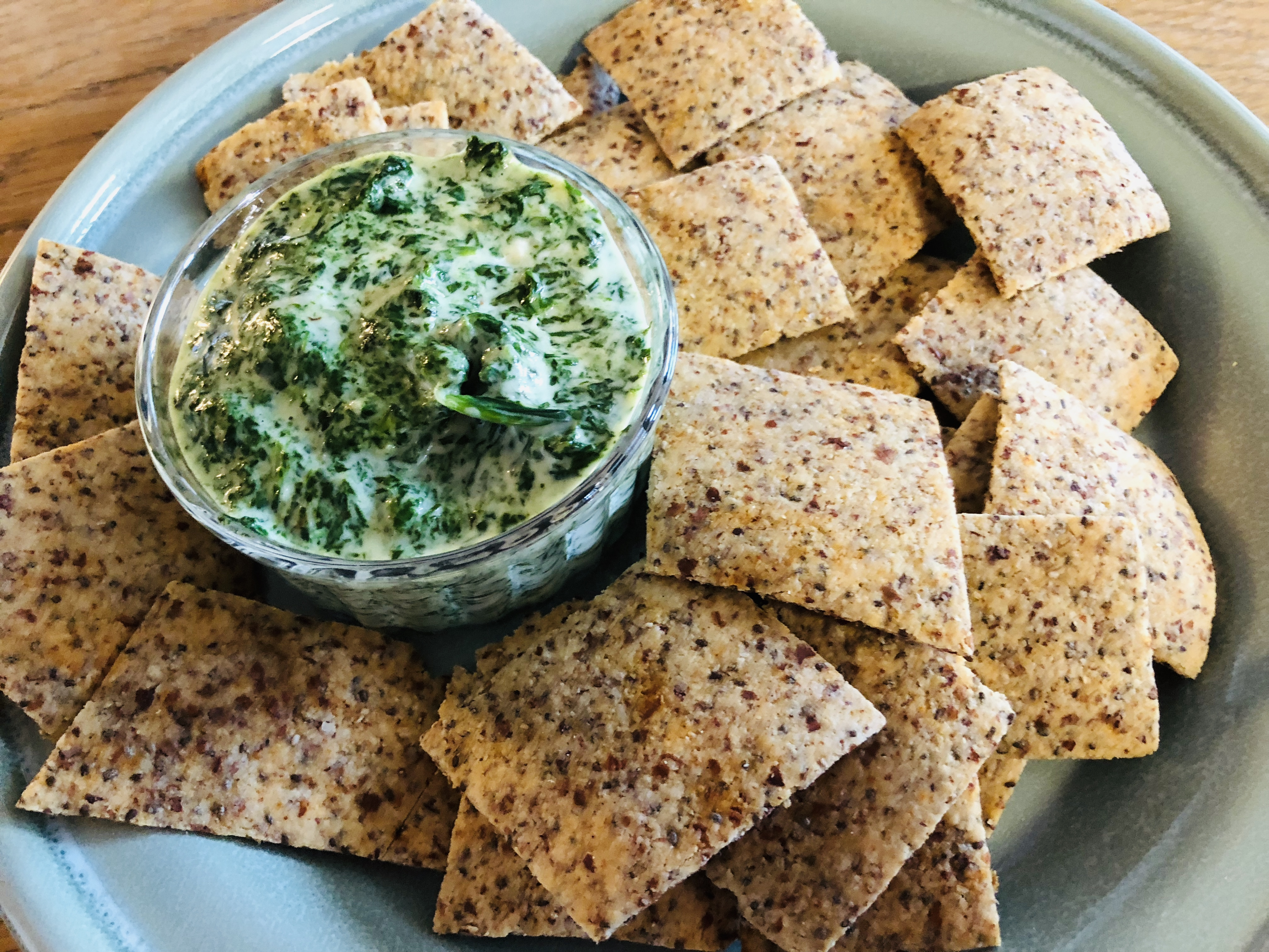 Cheesy Spinach Dip With Chia Seed Crackers